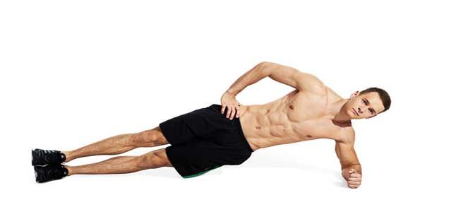 حرکت پلانک از بغل برای تقویت عضلات کمر