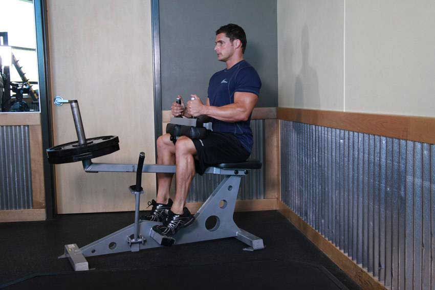ساق پا نشسته در برنامه بدنسازی حجمی با تصویر (01)