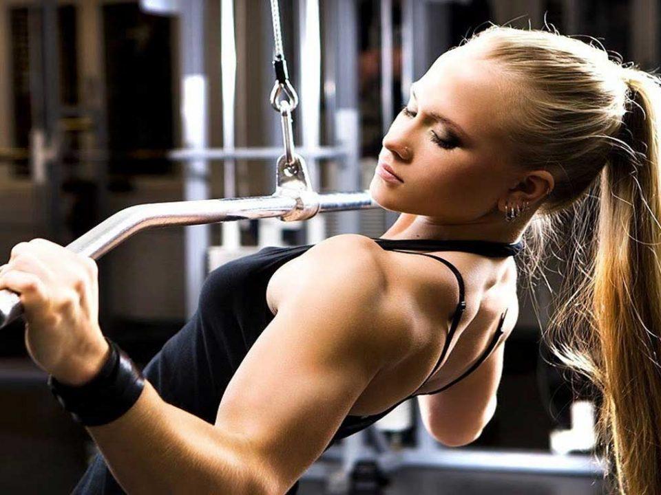 برنامه عضله سازی بانوان در 12 هفته