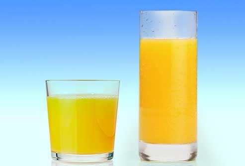 استفاده از لیوان های باریک برای کاهش وزن