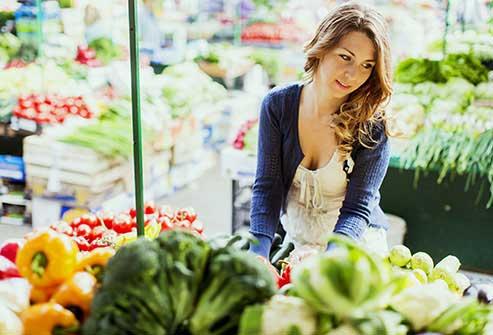 تغذیه سالم با انتخاب مواد غذایی کامل