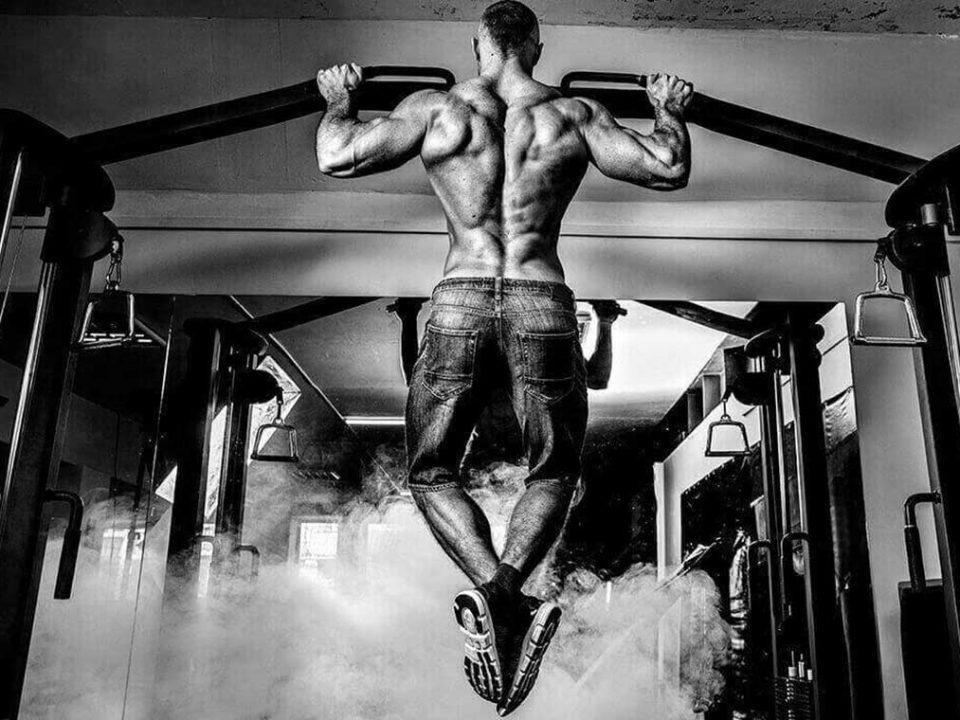 بدنسازی و عضله سازی با سیستم تمرینی FST-7